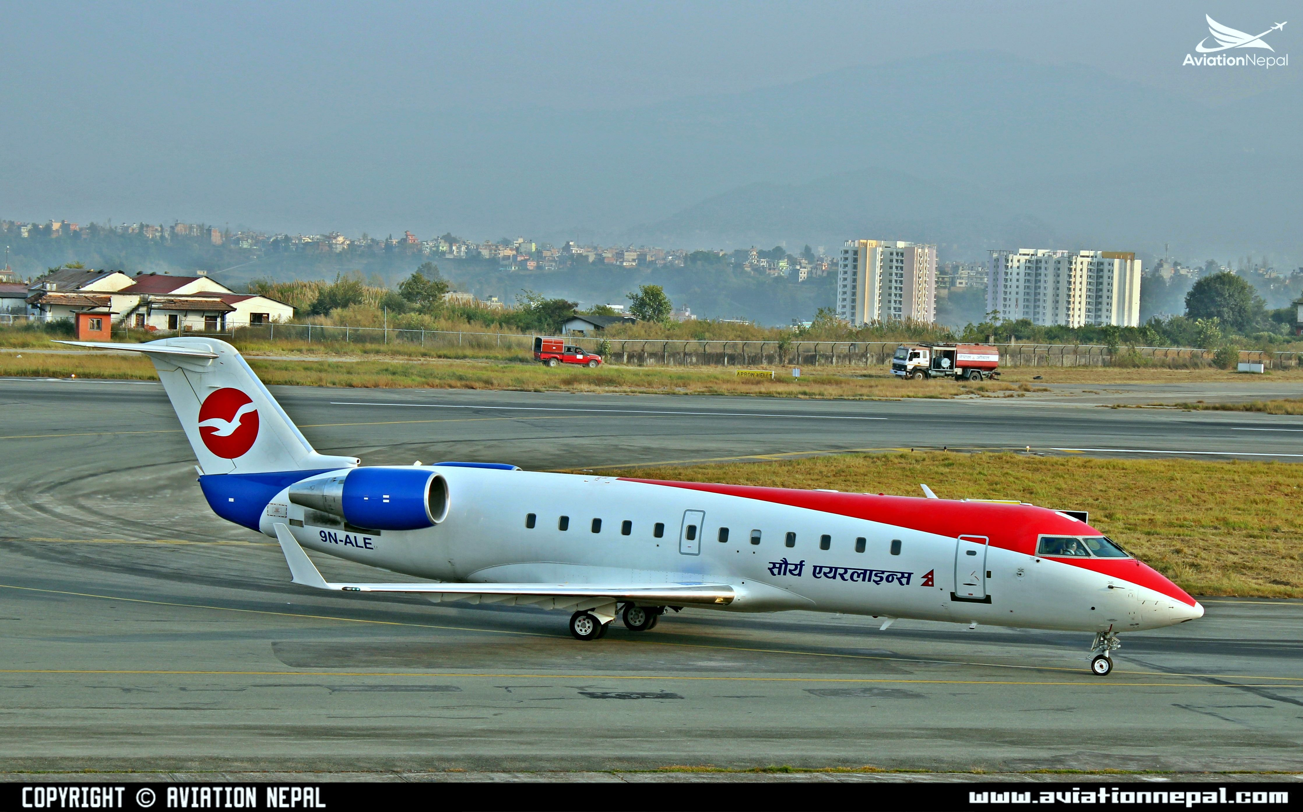 saurya-airlines-taxing