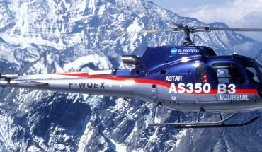AS 350 B3 Helicopter at Everest Helicopter at Everest